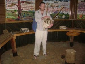african-bible-on-the-ground-ausflug-mit-anne-und-ruth-13